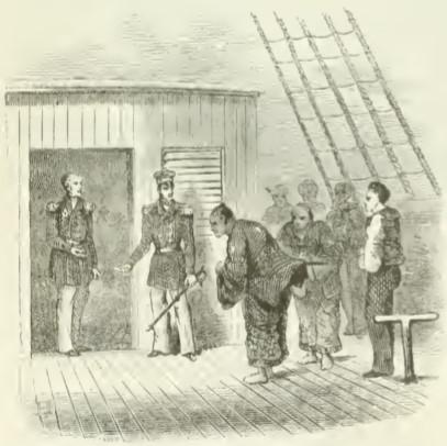 香山栄左衛門と見られる武士がキャビンに入る